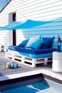 Canape d'ete couleur indigo