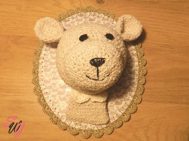 tete-crochet-trophee-mur