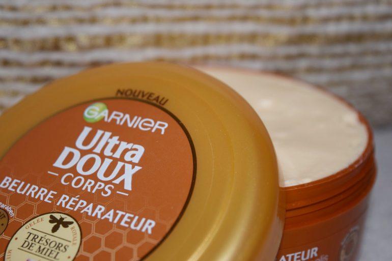 Beurre corporel nutritif et réparateur de la gamme Trésors de Miel de Garnier
