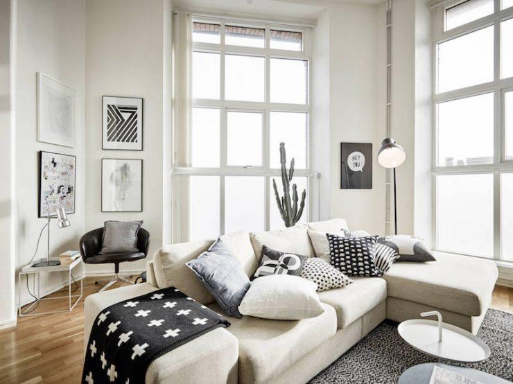 déco-salon-scandinave-blanc-noir-sans-couleur-tissus-ameublement