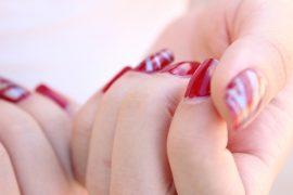 Tuto nail-art pour une manucure colorée