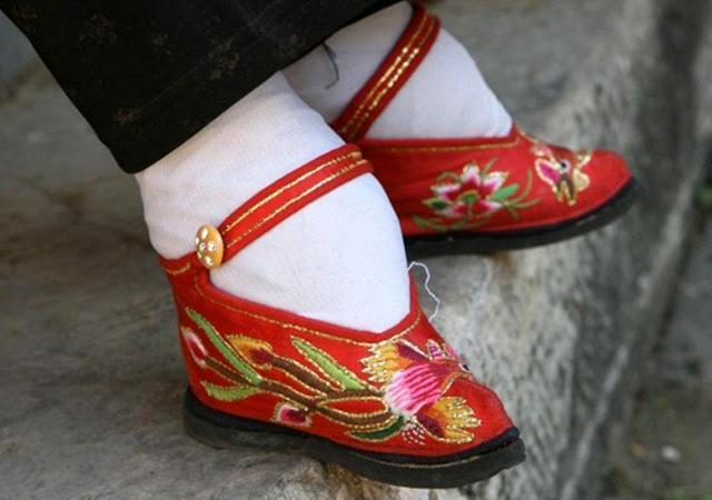 Coutume des pieds bandés en Chine