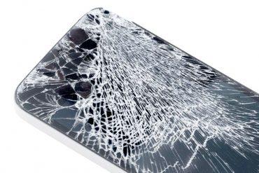 Ecran de téléphone cassé, la pomme discount répare
