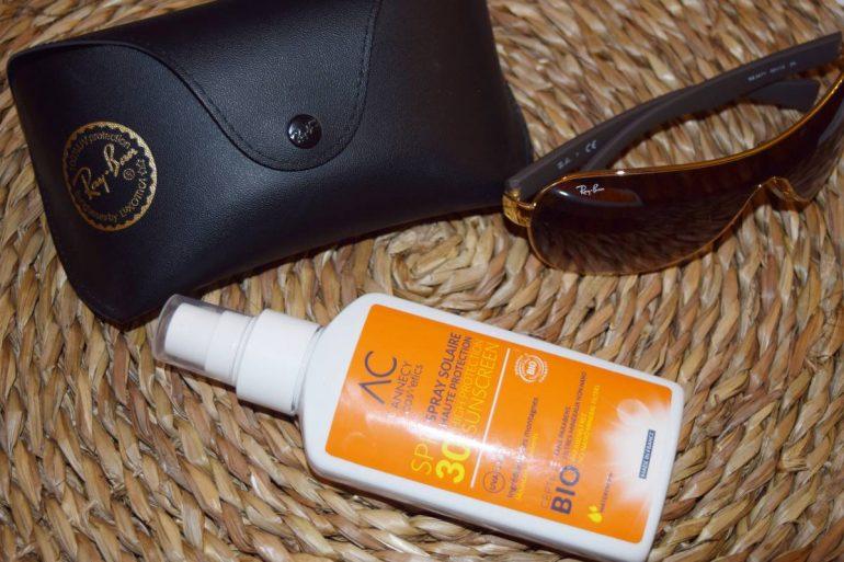 Le spray solaire SPF 30 de chez Annecy Cosmetics