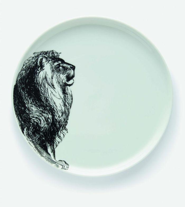 Assiette à dessert avec un lion
