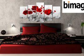 Tableaux Bimago au dessus d'un lit dans une chambre à coucher
