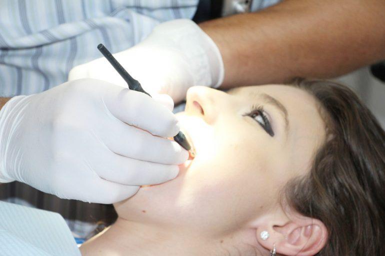 Soins dentaires en cabinet