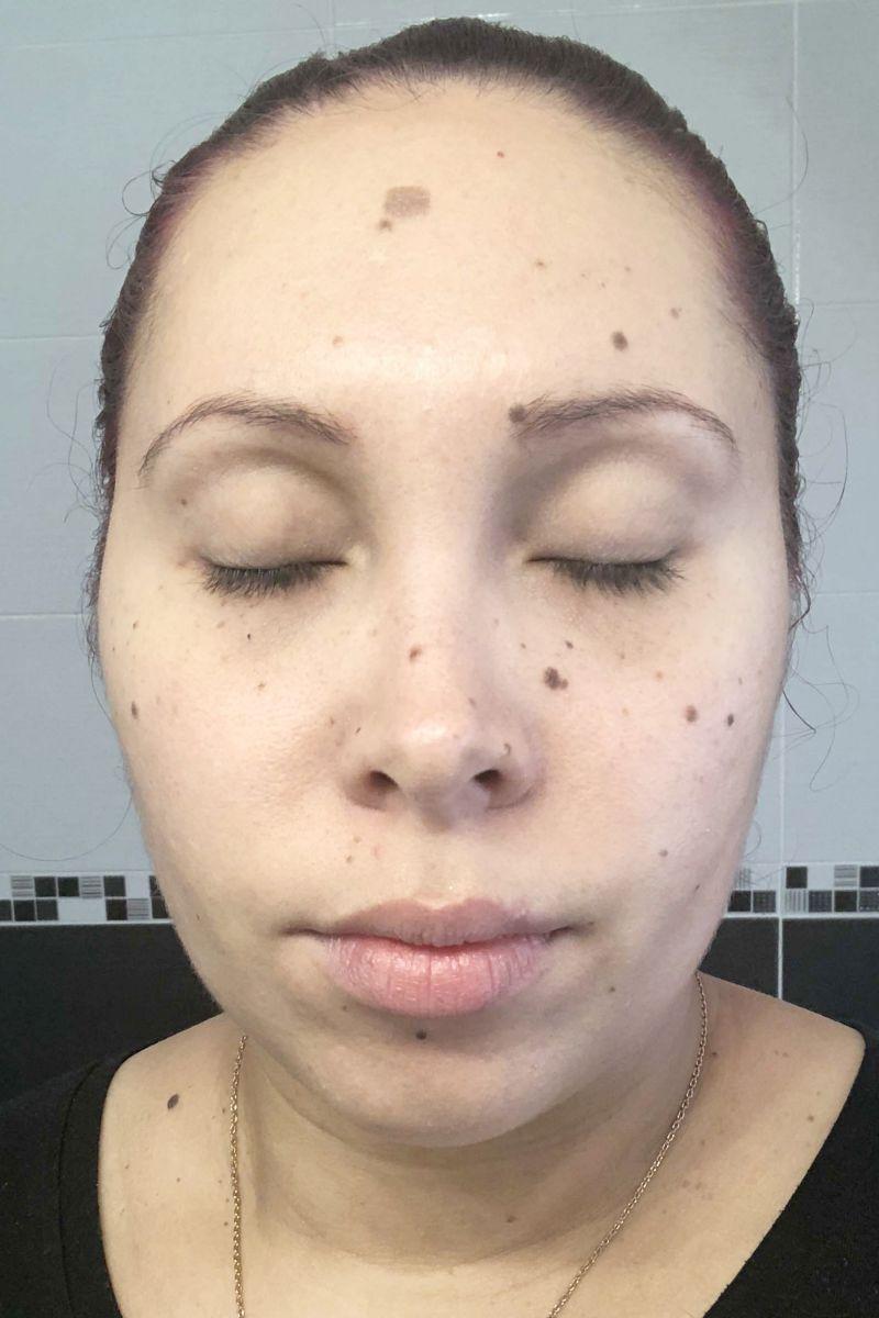 Visage avant la pose du masque X-treme Gold de la marque Rexaline