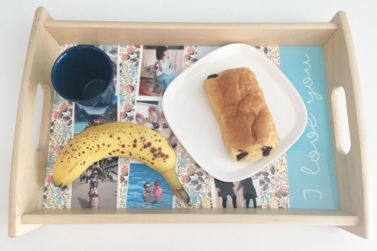 Plateau de petit déjeuner de chez Carteland, idée cadeau pour la fête des pères