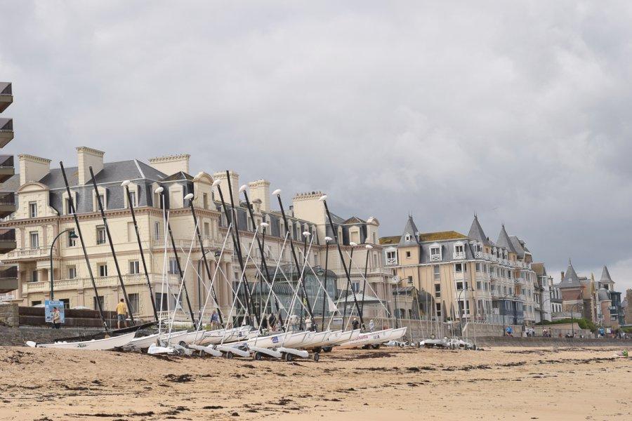 Photo prise de la plage du Sillon à Saint Malo